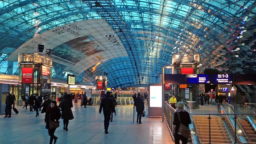 Early morning at Frankfurt Fernbahnhof