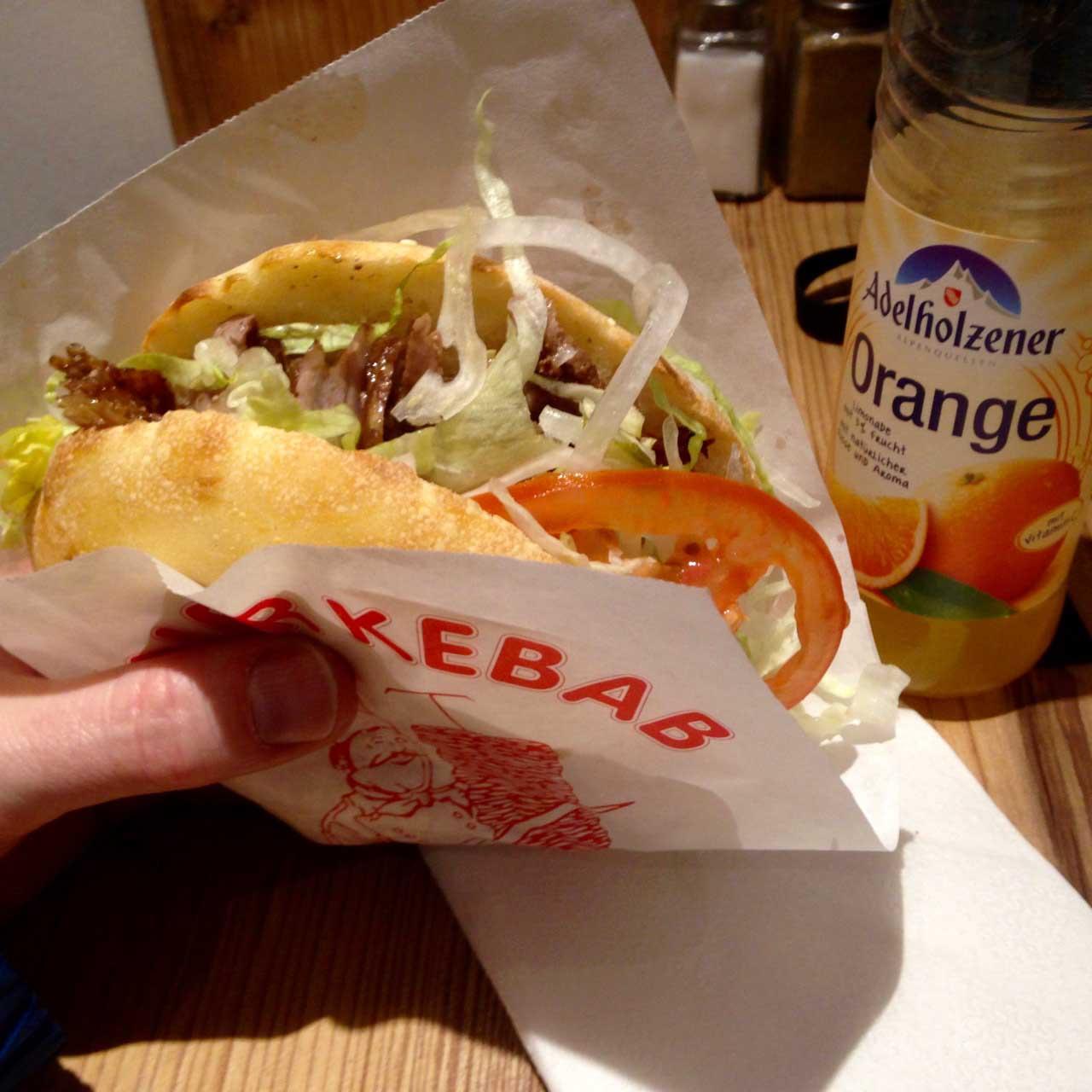 Kult Kebap sandwich